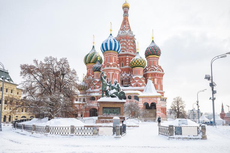 Cathédrale Saint Basile en hiver